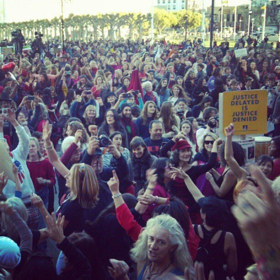 Crowd rising at One Billion Rising SF